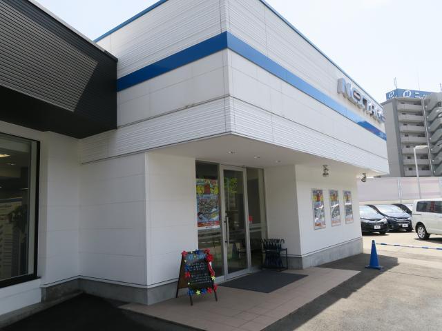 ネクステージ茨木 ミニバン専門店店舗画像3