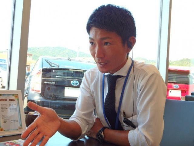 ネクステージのスタッフ写真 カーライフアドバイザー 三浦 勇紀