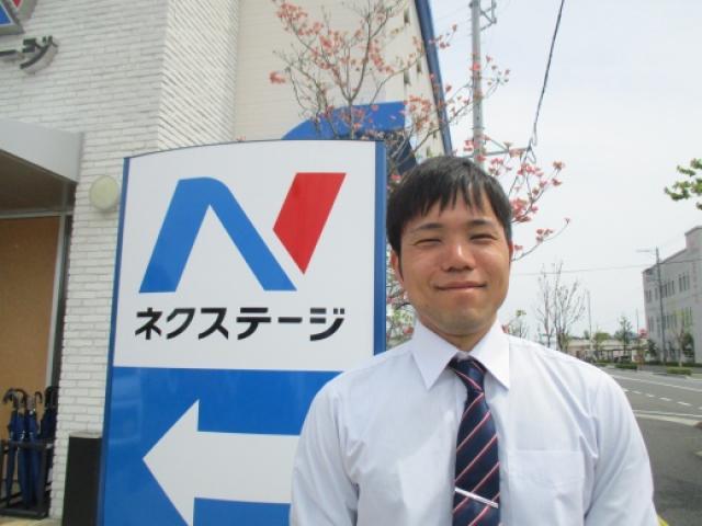 ネクステージのスタッフ写真 カーライフアドバイザー 武山 優太