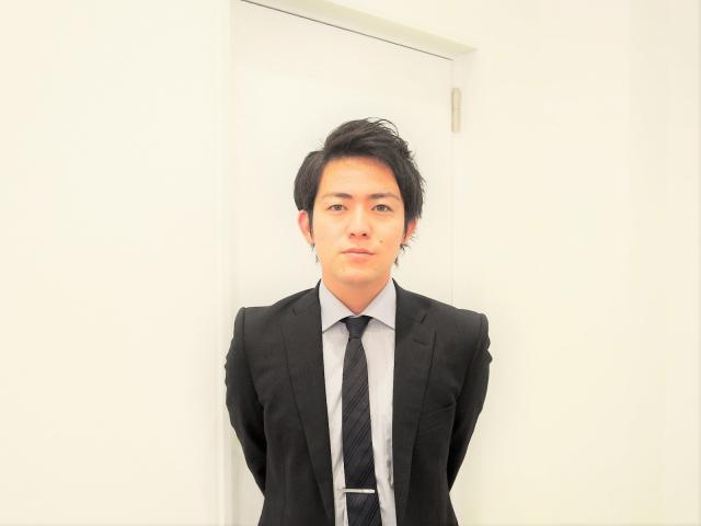 ネクステージのスタッフ写真 店長 藤原 朗