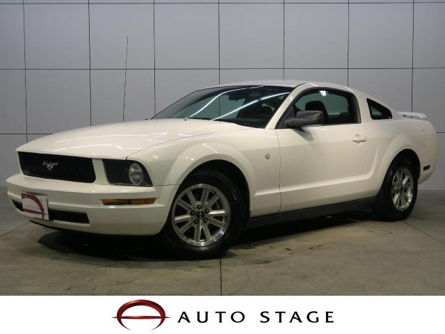 FORDMUSTANG V6 COUPE PREMIUM