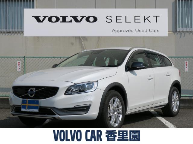 VOLVOV60 CROSS COUNTRY D4 SE